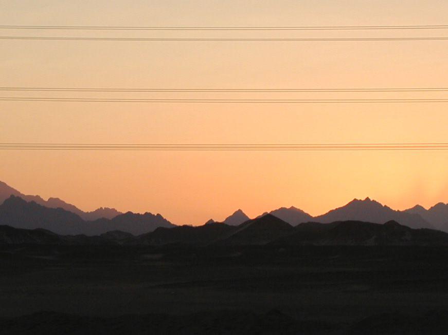 Sonnenuntergang zwischen Luxor und Hurghada
