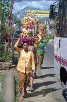 Auf dem Weg zum Tempel