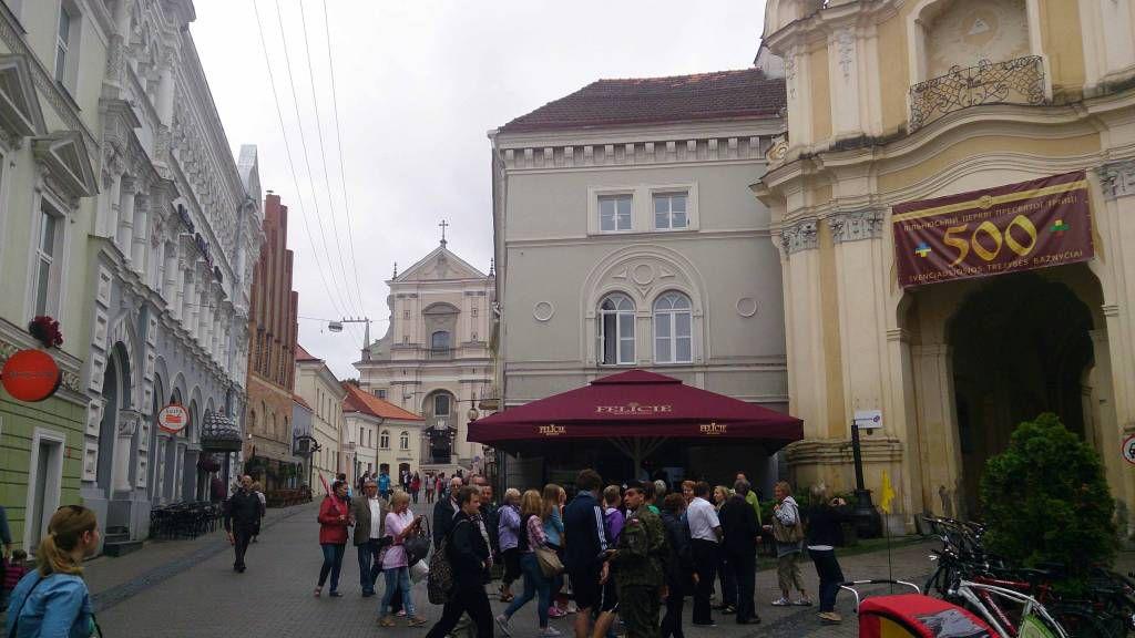 Vilnius, St. Theresa Kirche und Tor der Morgenröte