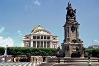 Manaus, Opernhaus mit Vorplatz