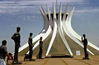 Brasilia, die Kathedrale von außen