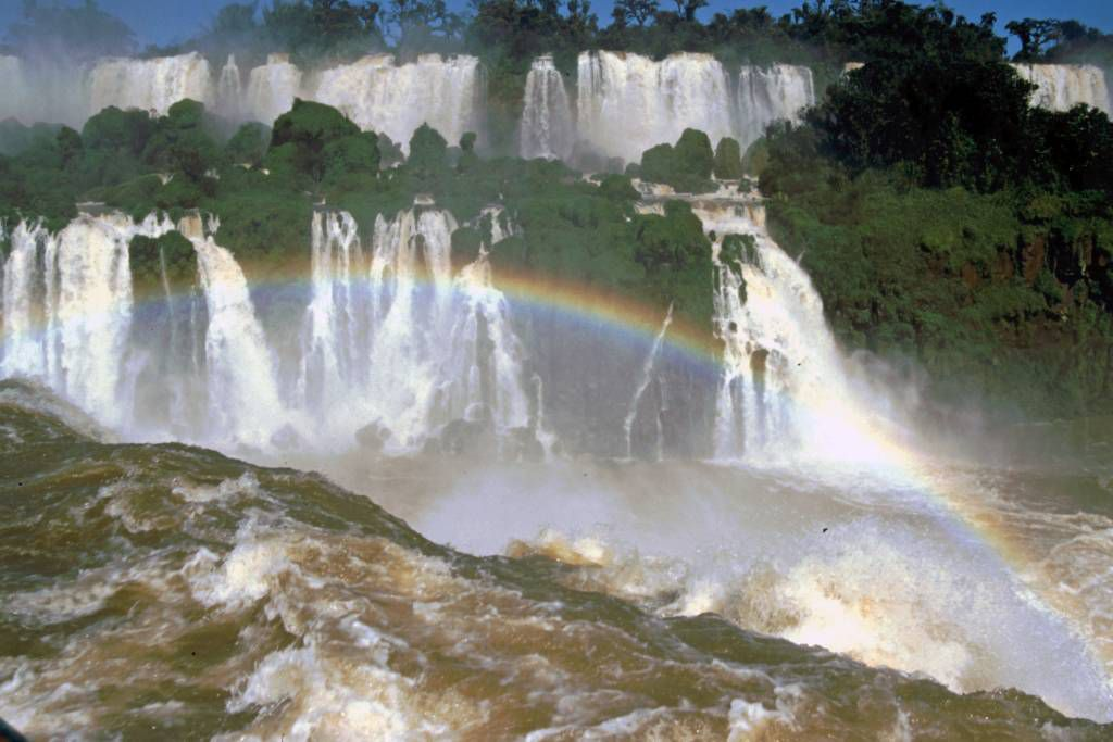 Iguazú, Wasserfälle