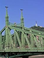 Die Freiheitsbrücke, die älteste Brücke zwischen Buda und Pest