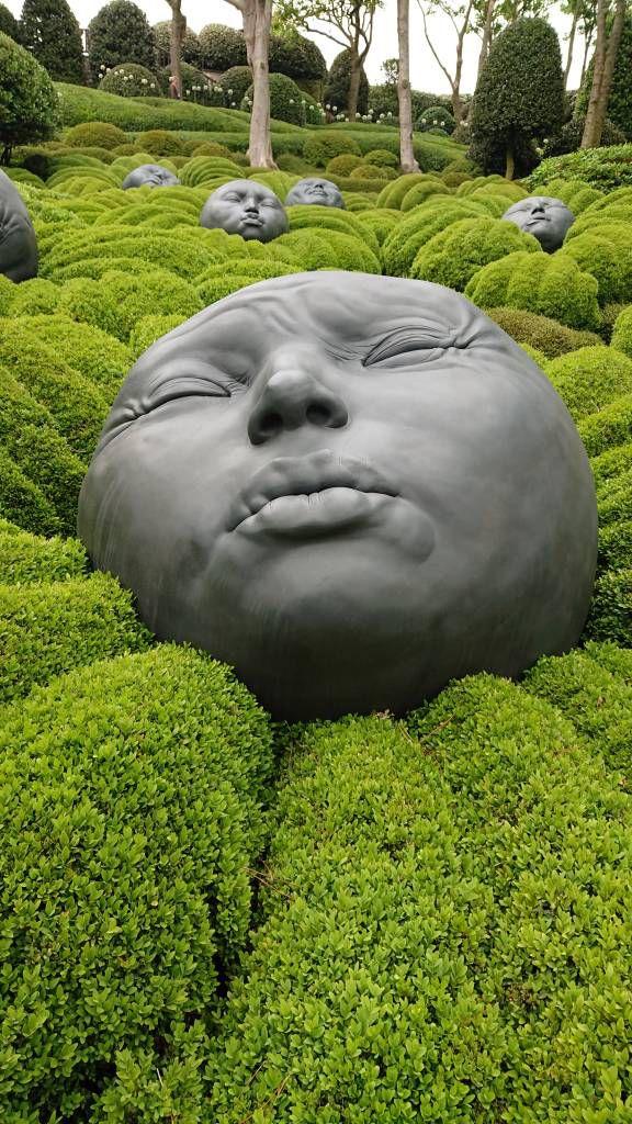 Étretat, Gärten von Étretat, Kunstwerk