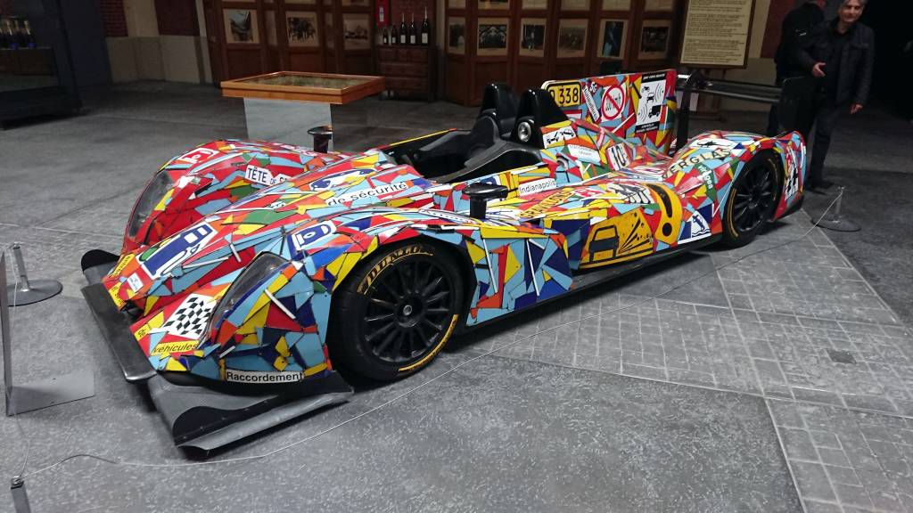 Reims, Champagner Kellerei Pommery, alter Formel 1 Wagen