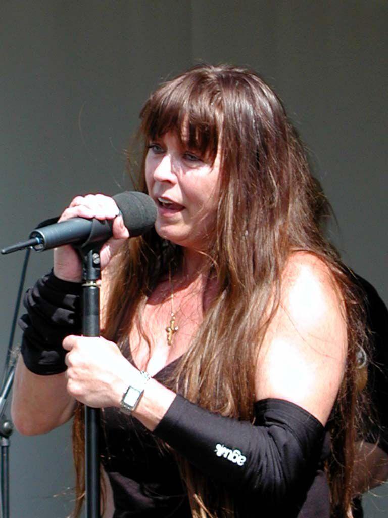 Jutta Weinhold am 29.07.2001