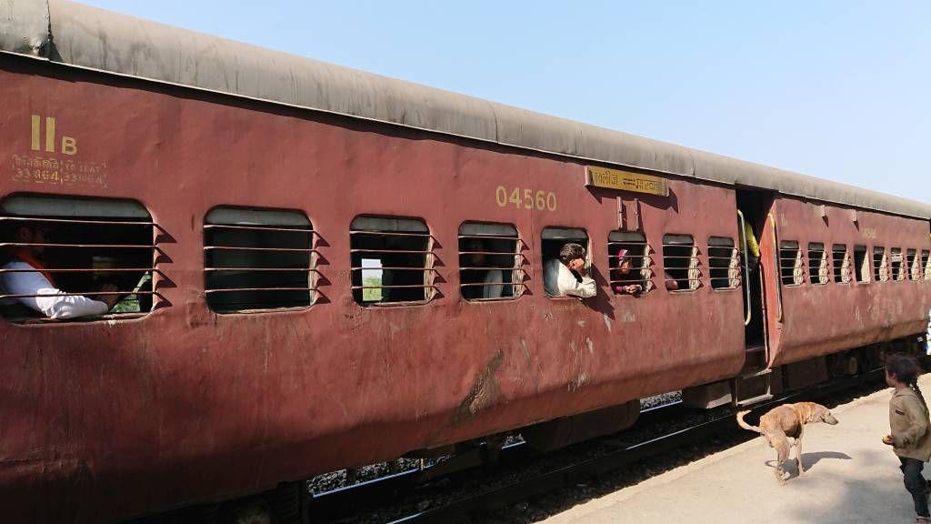 Zugfahrt, der Zug