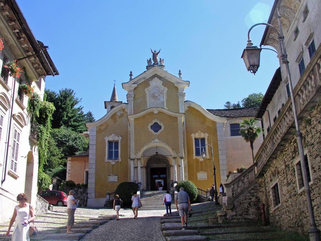Orta San Giulio, Kirche