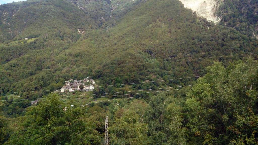 Bahnfahrt von Domodossala nach Locarno