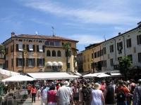 Sirmione, Marktplatz