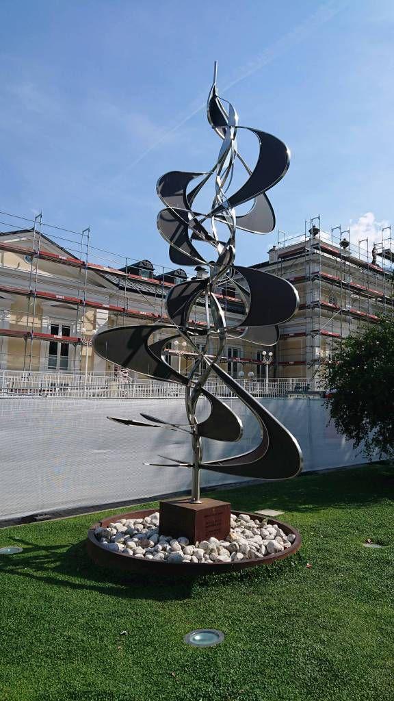 Meran, Kunstwerk an der Passerpromenade