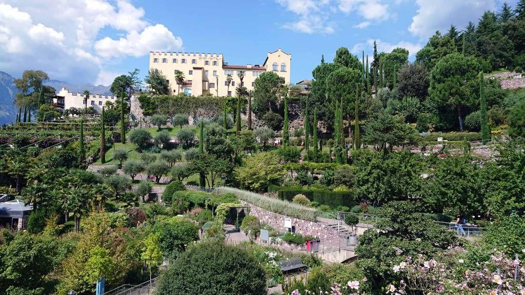 Meran, Schloss Trauttmansdorff mit botanischen Gärten