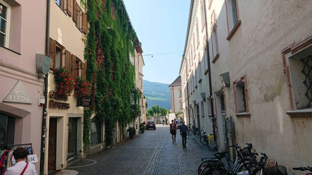 Brixen, Gasse