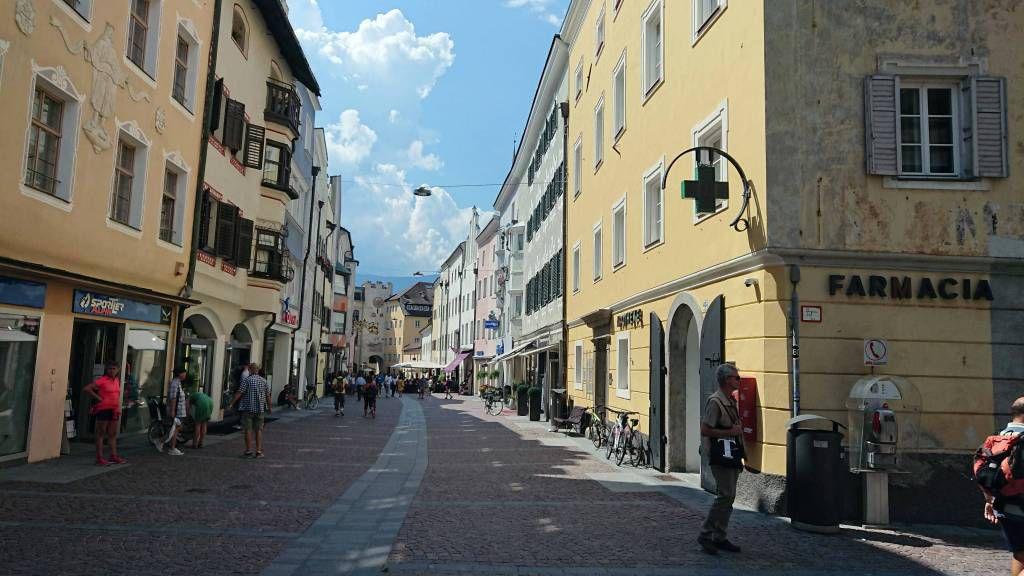 Bruneck, die Stadtgasse