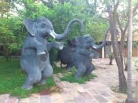 Siem Reap, Royal Angkor Resort, Gartendusche