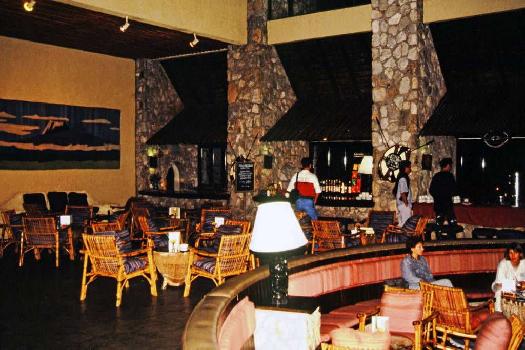 Taita Hills Lodge, Bar