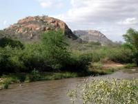 Am Tsavo Fluss