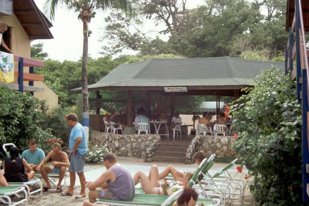 Kolumbien, San Andres, Hotel Decameron San Louis, Bar