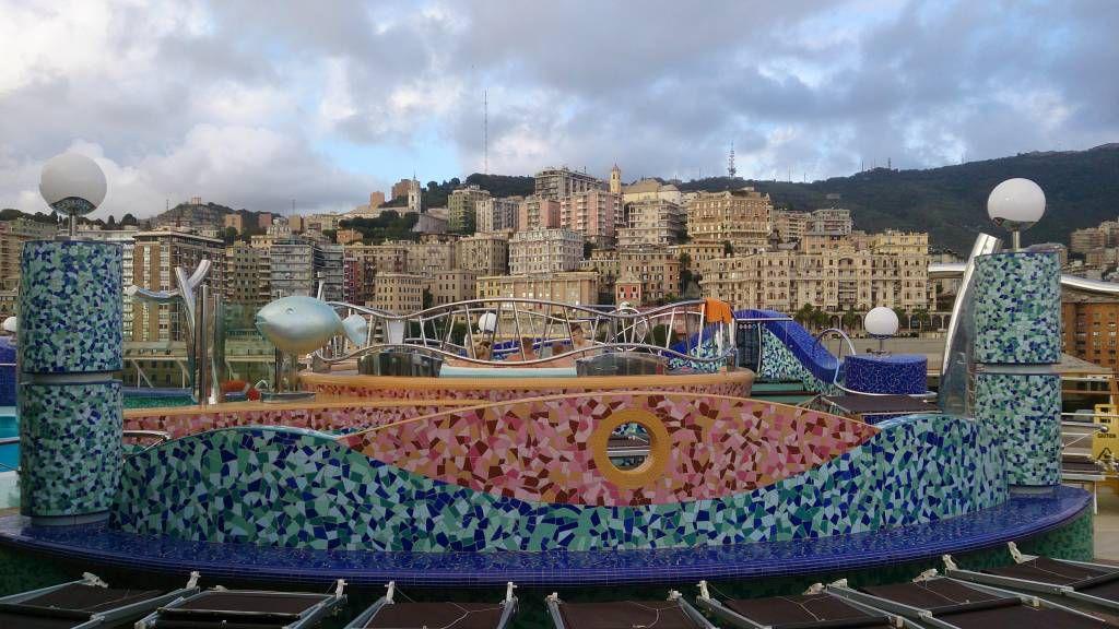 MSC Splendida, Blick auf Genua