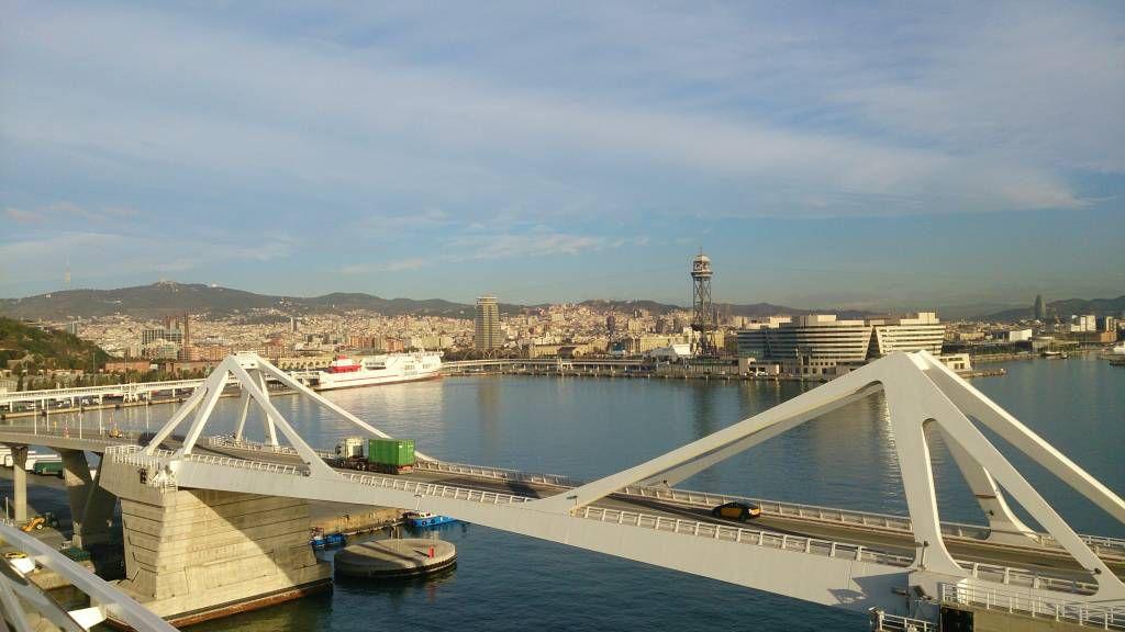 MSC Splendida, Blick auf Barcelona