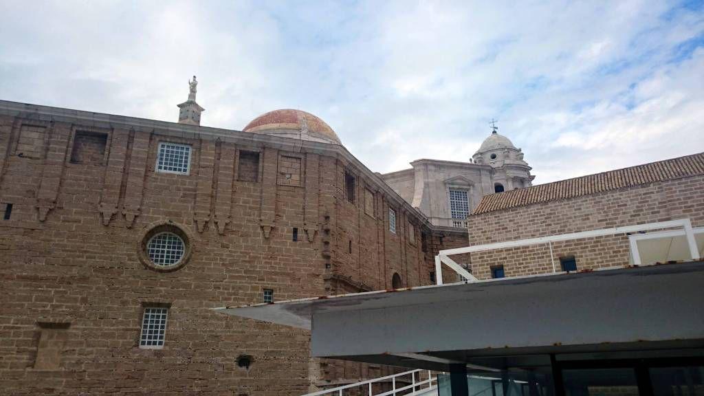 Cadiz, Kirche