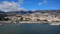 Madeira, Funchal, Blick vom Meer