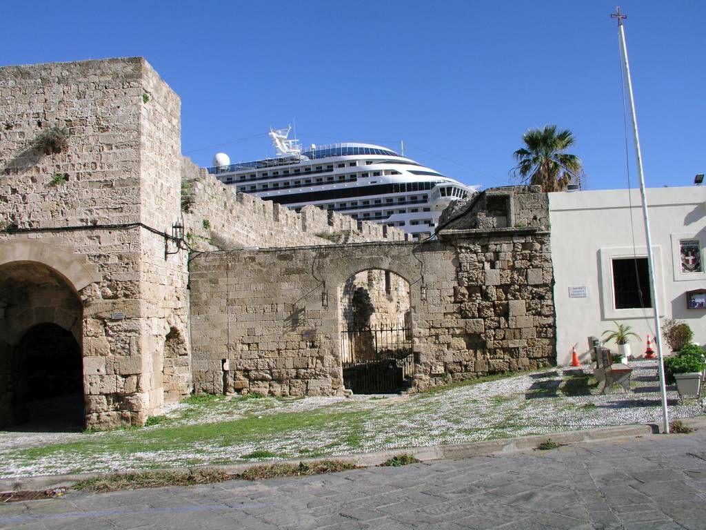 Rhodos Stadt, Antike und Moderne