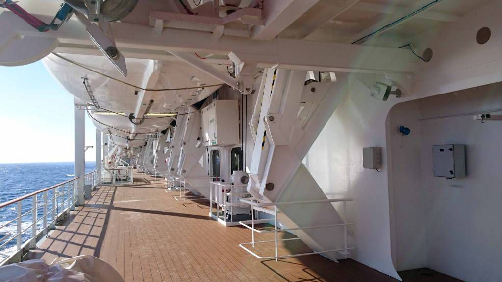 MSC Opera, auf See