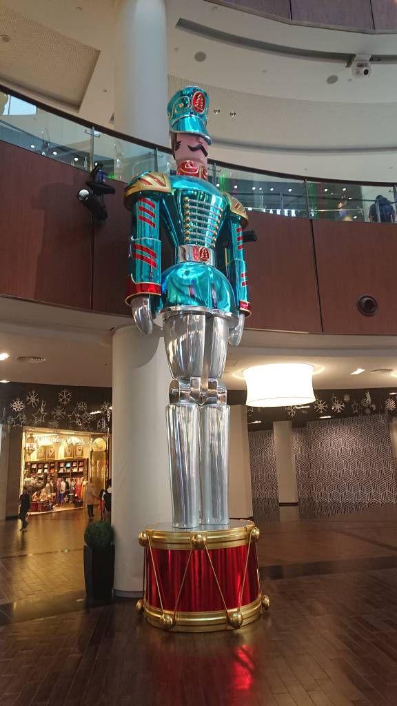 Dubai Mall, der größte Nussknacker der Welt