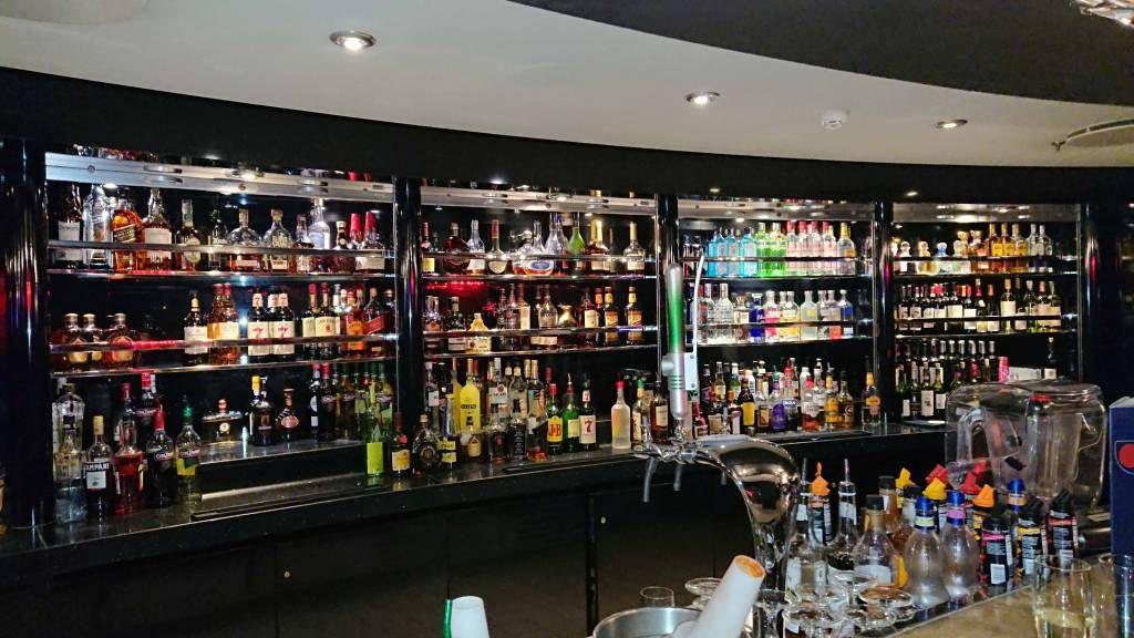 MSC Devina, eine gut bestückte Bar