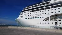Bari, MSC Lirica im Hafen