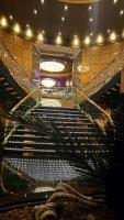 MSC Poesia, Treppenaufgang