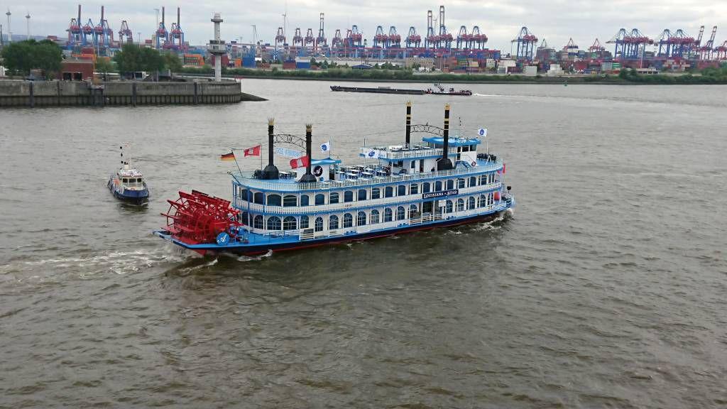 Hamburg Altona, Hafen
