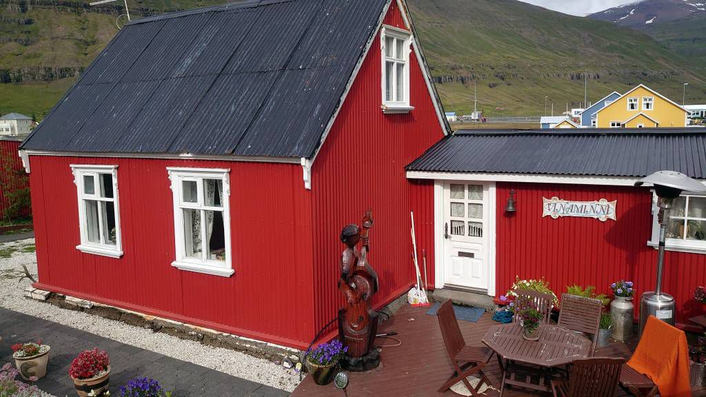 Island, Seyðisfjörður, Gebäude