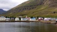Island, Seyðisfjörður, Ansicht vom Schiff