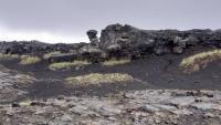 Island, Hafnir, Blick über die Spalte zwischen den Kontineltalplatten auf Amerika