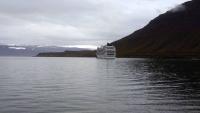 Island, Ísafjörður, MSC Orchestra vor Anker