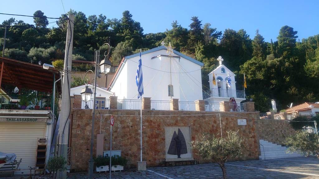 Katakolon, Kirche
