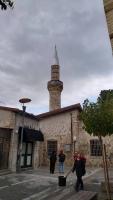 Limassol, Straßenszene mit Moschee