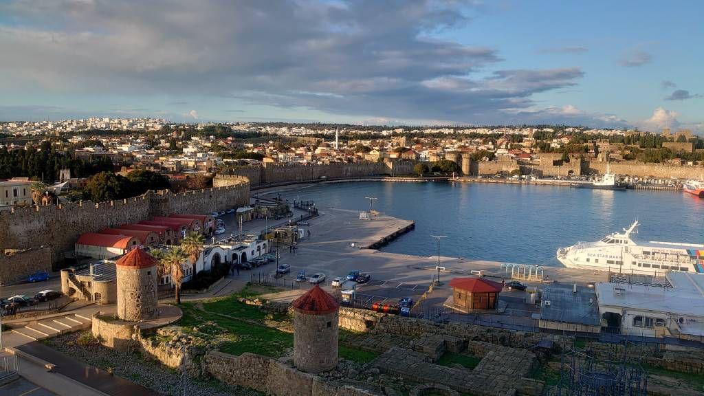 Rhodos, Altstadt, Blick von der MSC Opera