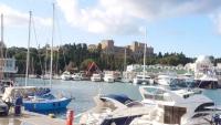 Rhodos, Altstadt, Blick auf den Großmeisterpalast vom Hafen aus