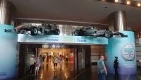 Kuala Lumpur, Petronas Towers, Formel 1 Rennwagen
