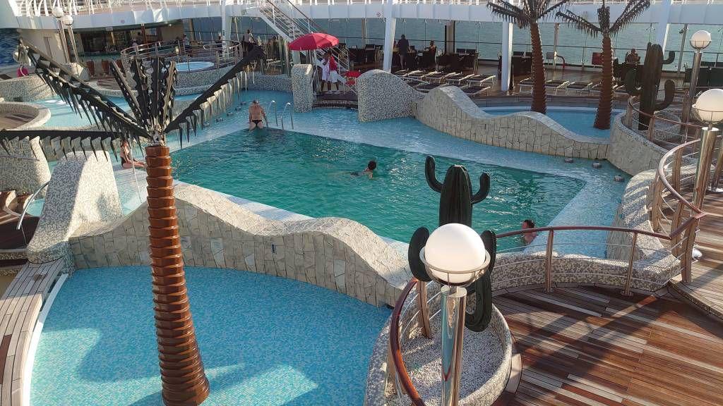 Penang, MSC Splendida, Poolbereich