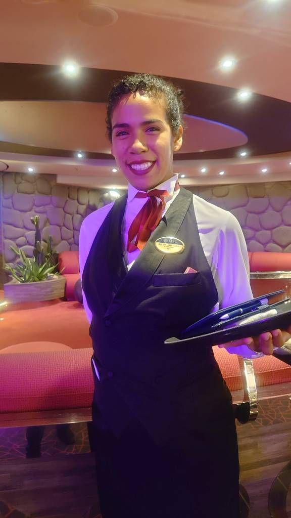 MSC Splendida, Celestine, eine Kellnerin aus Argentinien