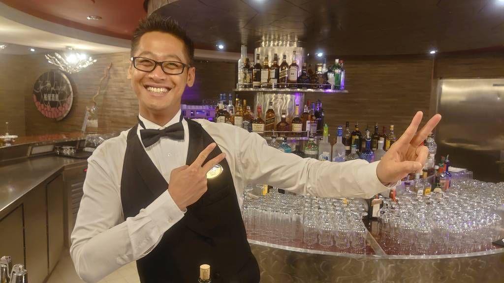 MSC Splendida, Barkeeper aus Bali