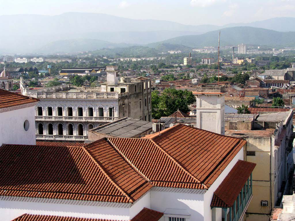 Blick über Santiago vom Dach des Hotels Casa Granda
