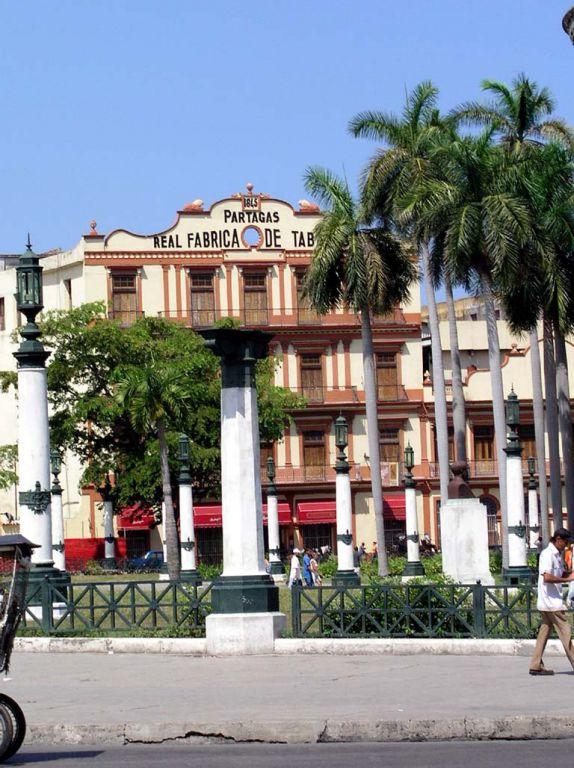 Gebäude in der Nähe des Capitols in Havanna
