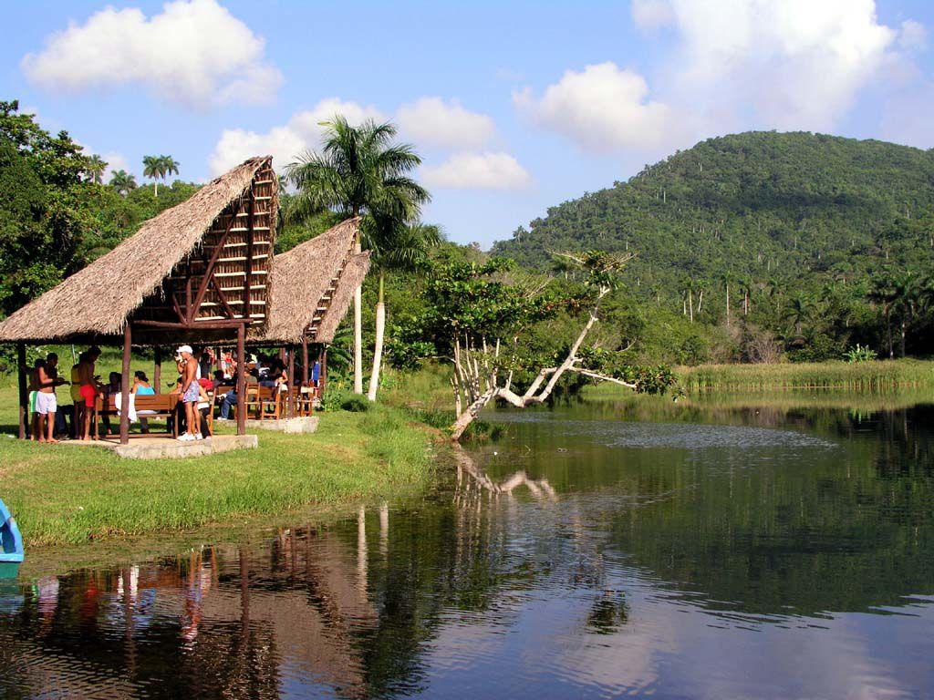 Der künstliche Lago de San Juan im Bereich des Öko Projektes Las Terrazas
