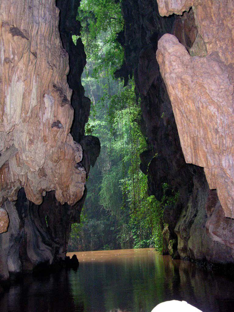 Am Ende der Bootsfahrt durch die Cueva del Indio bei Vinales