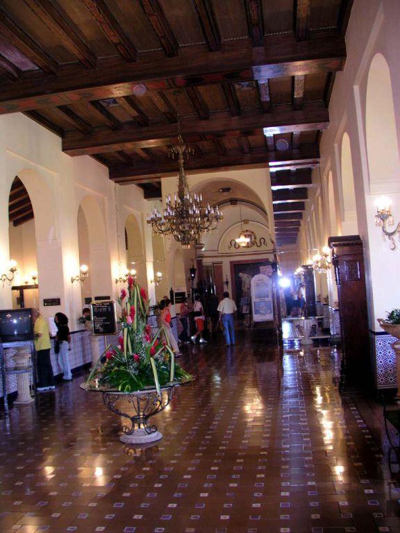 Eingangsbereich des Hotel Nacional in Havanna
